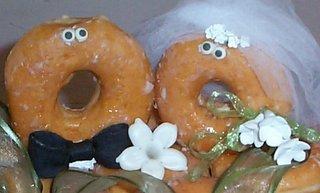 Bride%20&%20Groom%20Doughnuts